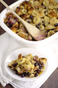 Banana Blueberry French Toast Bake recipe is a sweet and amazing overnight breakfast or brunch recipe with fresh blueberries and sweet bananas, crumble topping, and maple syrup to make it a classic. Make ahead breakfast casseroles are perfect for busy mornings and holidays! Mmm... Blueberries and bananas are so tasty together!