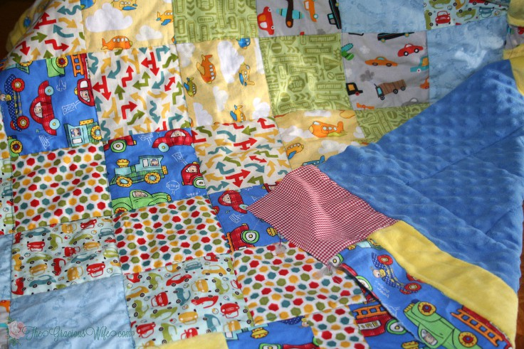 Basting and Quilting your quilt -Part 4 in a 5-part Quilting for Beginners series. This Basting and Quiltingsection will walk you through basting and ditch quilting your quilt. Make your own DIY sewing quilt with this step-by-step tutorial!