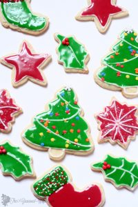 Classic sugar cookies that hold their shape with a tutorial on flooding with royal icing. A recipe from A Week of Christmas Cookies Recipes from TheGraciousWife.com #Christmas #cookies
