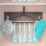 Upcycle: Old Rake Head to Rustic Utensil Holder