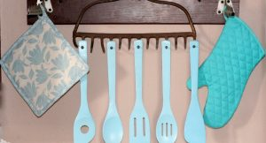 Upcycled Old Rake to Utensil Holder #diy #upcycle #recycle #decor From TheGraciousWife.com