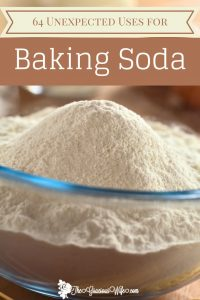 The uses for baking soda are so versatile. There are tons of unexpected uses for Baking Soda for personal care, cleaning, freshening, and MORE! - cleaning hacks | life hacks | home hacks | DIY hacks