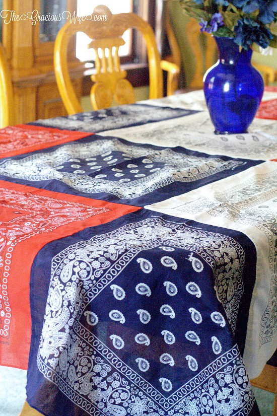 How to Make an Easy DIY Bandana Tablecloth - This easy patriotic red, white, and blue DIY Bandana Tablecloth is a fun and frugal Summer and 4th of July patriotic idea, with a full tutorial. So cute and festive!