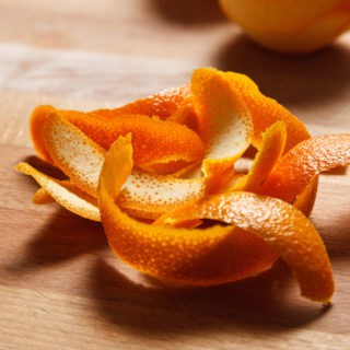 5 Surprising Uses for Orange Peels -Don't throw out your orange rinds! Orange peels have so many uses and you can save money and use the whole fruit with these clever and surprising Uses for Orange Peels. Wow! These are great ways to stay frugal in the kitchen and all around the home!