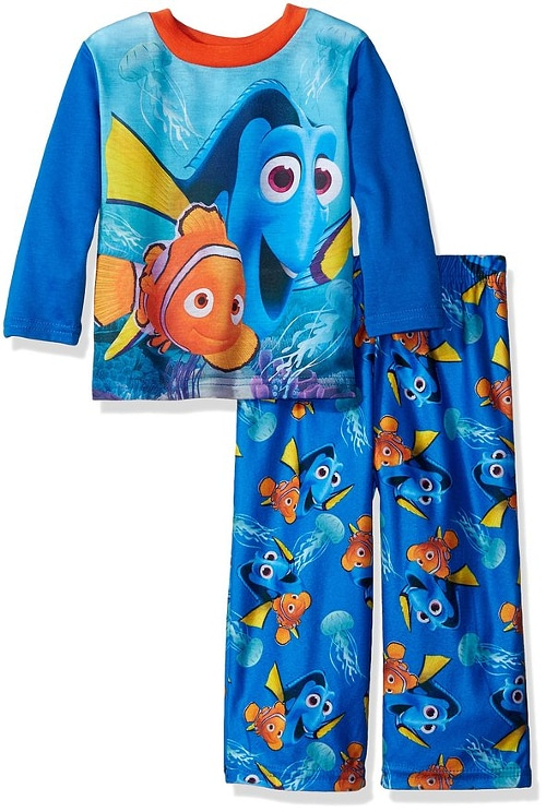 Finding Dory Pajamas - 15 Finding Dory Gift Ideas - Finding Dory Gift Guide with 15 adorable and fun Finding Dory Gift Ideas that are perfect for the Finding Dory fan in your life. Perfect gift ideas for kids for Christmas and birthdays!