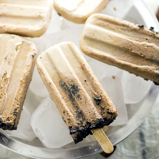 Creamy Chocolate Pie Pops