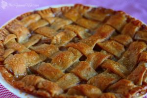 A Classic Apple Pie that won't disappoint. The secret is in the filling sweet glaze topping! From TheGraciousWife.com #Fall #recipe #pie #applepie