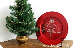 25 DIY Christmas Decor Ideas! Have yourself a handmade Christmas this year! From TheGraciousWife.com #Christmas #diy