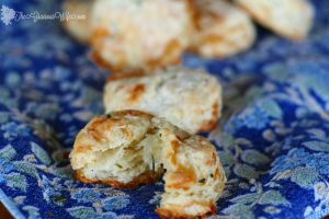 Brie and Chive Biscuits | The Gracious Wife