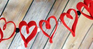 valentines day felt heart garland fb