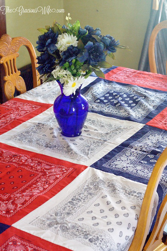 How to Make an Easy DIY Bandana Tablecloth -This easy patriotic red, white, and blueDIY Bandana Tablecloth is a fun and frugal Summer and 4th of July patriotic idea, with a full tutorial. So cute and festive!