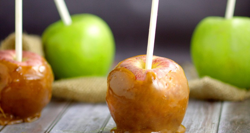 Make gooey, sticky, sweet Crockpot Caramel Apples right in your slow cooker with just 2 ingredients! Crockpot Caramel Apples are the perfect Fall-time treat! Caramel apples are the perfect dessert recipe for Fall and Halloween. And in the slow cooker?! Even better!