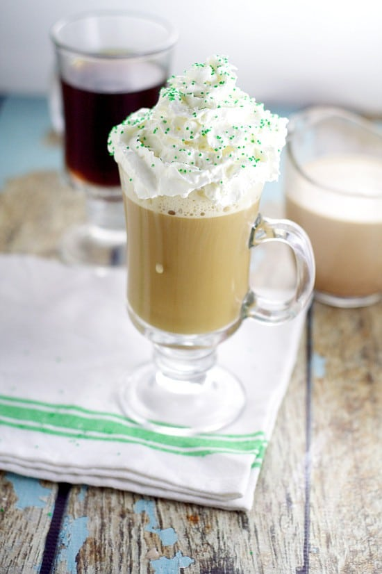 Homemade Irish Cream Coffee Creamer recipe.Make your own Homemade Irish Cream Coffee Creamer in just 20 minutes that tastes even more amazing than your favorite from the store. A frugal and delicious way to have your morning coffee.