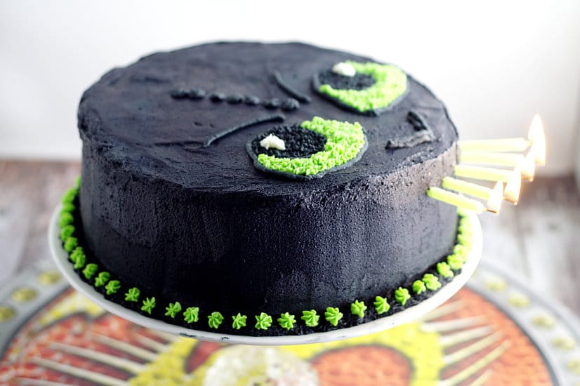 Easy Toothless Birthday Cake Tutorial Make Your Li E Dragon Trainer In Training