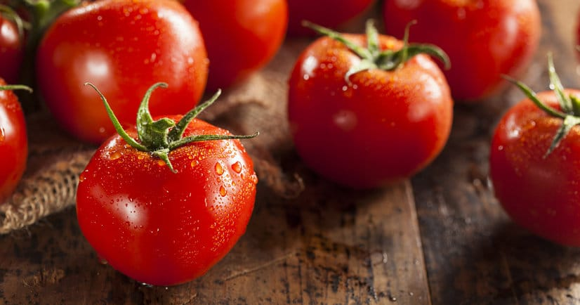 88 Recipes with Fresh Tomatoes -Use up your fresh, juicy tomato harvest this Summer with these 90 of the absolute BEST Recipes with Fresh Tomatoes that are sure to have you celebrating your garden,from cherry or grape tomatoes, to beefsteak or heirloom tomatoes!