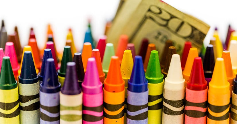 How to Save Money on School Supplies -Be smart about back to school expenses! Learn how to save money on school supplies to get what you need to have a great school year and still keep money in your pocket. Great back to school ideas!