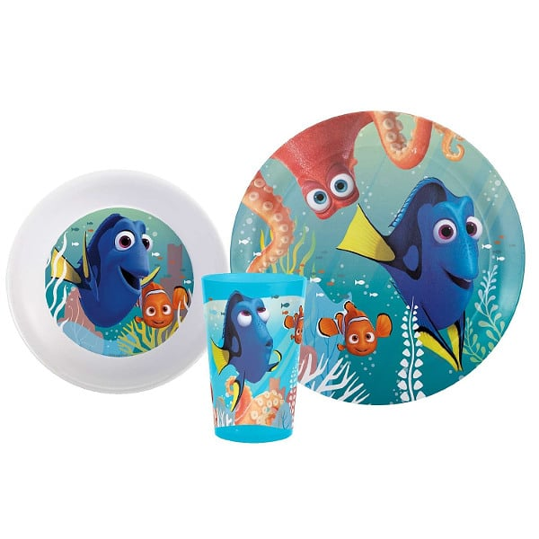 Finding Dory Meal Time Set - 15 Finding Dory Gift Ideas - Finding Dory Gift Guide with 15 adorable and fun Finding Dory Gift Ideas that are perfect for the Finding Dory fan in your life. Perfect gift ideas for kids for Christmas and birthdays!