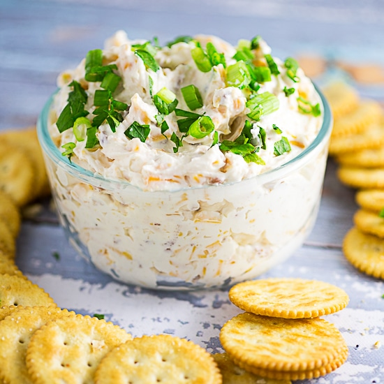 Cheddar Bacon Garlic Dip