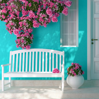 5 Tips to Spruce Up a Front Porch - Turn your run down porch into a beautiful, welcoming entry way with loads of curb appeal with these 5 easy and cheap Tips to Spruce Up a Front Porch! Easy DIY ideas for the porch