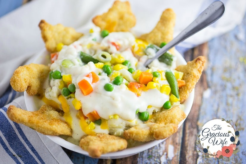 Chicken Mashed Potato Bowl - 8 Ways to Transform Chicken Nuggets into Dinner in 5 Ingredients or Less -Use these8 Ways to Transform Chicken Nuggets into Dinner in 5 Ingredients or Lesswith 8 different easy recipes to change up a favorite into a quick and easy family dinner.