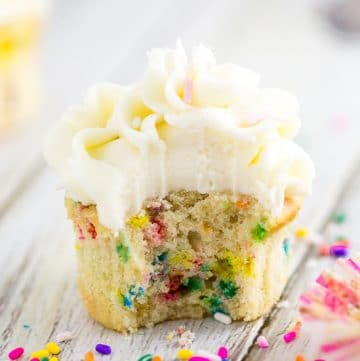 Best Homemade Funfetti Cupcakes Recipe - Bright rainbow sprinkles and a soft, buttery cupcake make these the BEST homemade Funfetti Cupcakes. Fluffy vanilla homemade funfetti cupcakes that are worlds better than anything you will find in a box! Ditch the cake mix and make your own funfetti cupcakes from scratch!